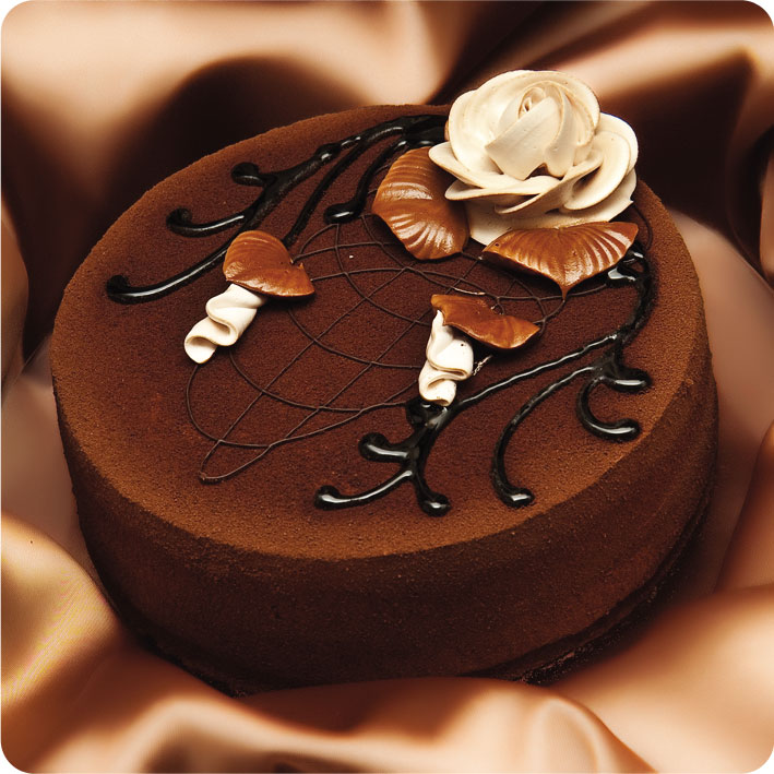 Отделка тортов шоколадом-фото